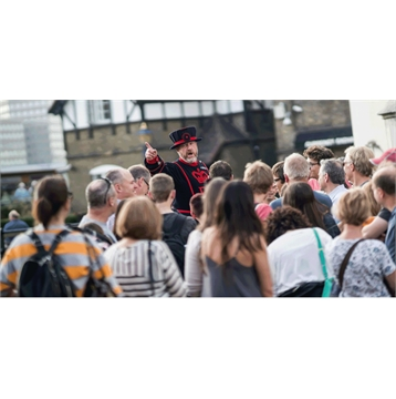Save an extra 10% on Tower of London access tickets