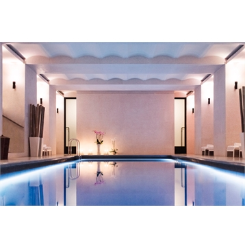 Day spa pass, beverage and 10% off with treatment bookings